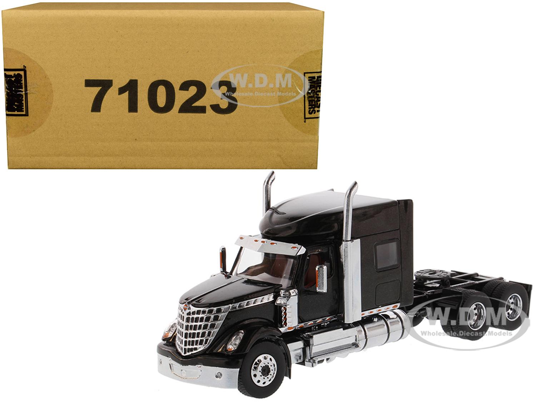 International LoneStar Sleeper Cab Truck Tractor Black 1/50 Diecast Model by Diecast Masters