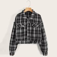 Tweed Jacke mit Karo Muster und sehr tief angesetzter Schulterpartie