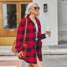 Mantel mit Karo Muster und Knopfen