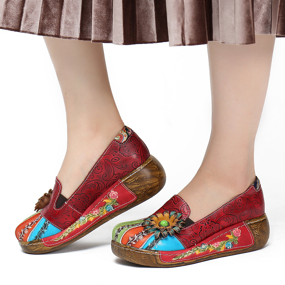 SOCOFY Retro Floral Embossed Genuine Leather Thick Bottom Casual Slip On Single Shoes