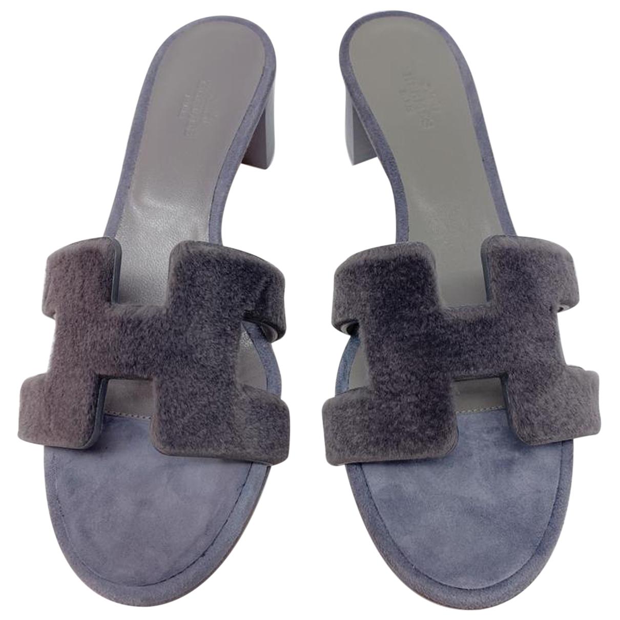 Hermès Oasis Grey Mink Sandals for Women 39.5 IT