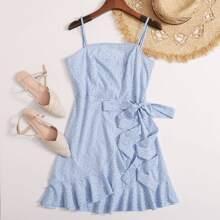Slip Kleid mit Raffungsaum, Wickel Design, Knoten und ueberallem Muster