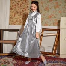 Metallisches Kleid mit Ruesche ohne Bluse