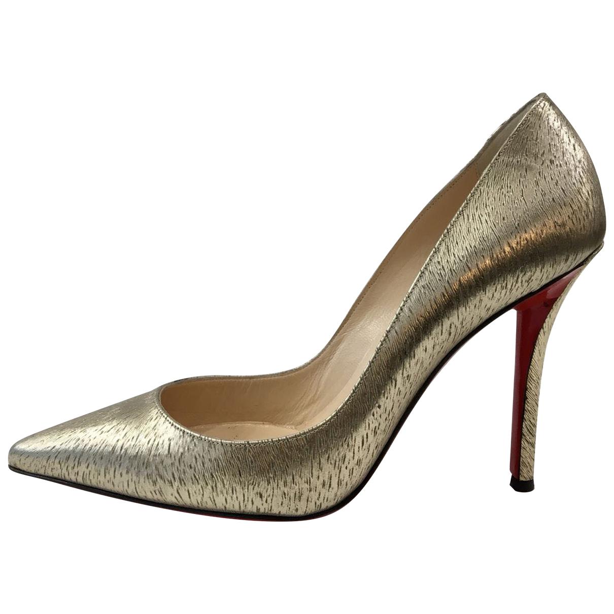Christian Louboutin Pigalle Pumps in  Gold Leder