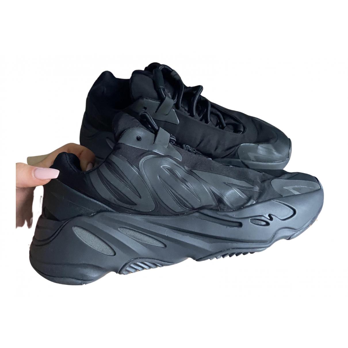 Yeezy X Adidas - Baskets 700 MNVN PHOSPHOR pour femme - noir