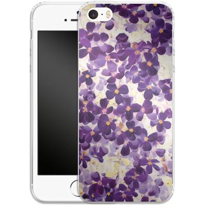 Apple iPhone 5 Silikon Handyhuelle - Violet Bloom von Amy Sia