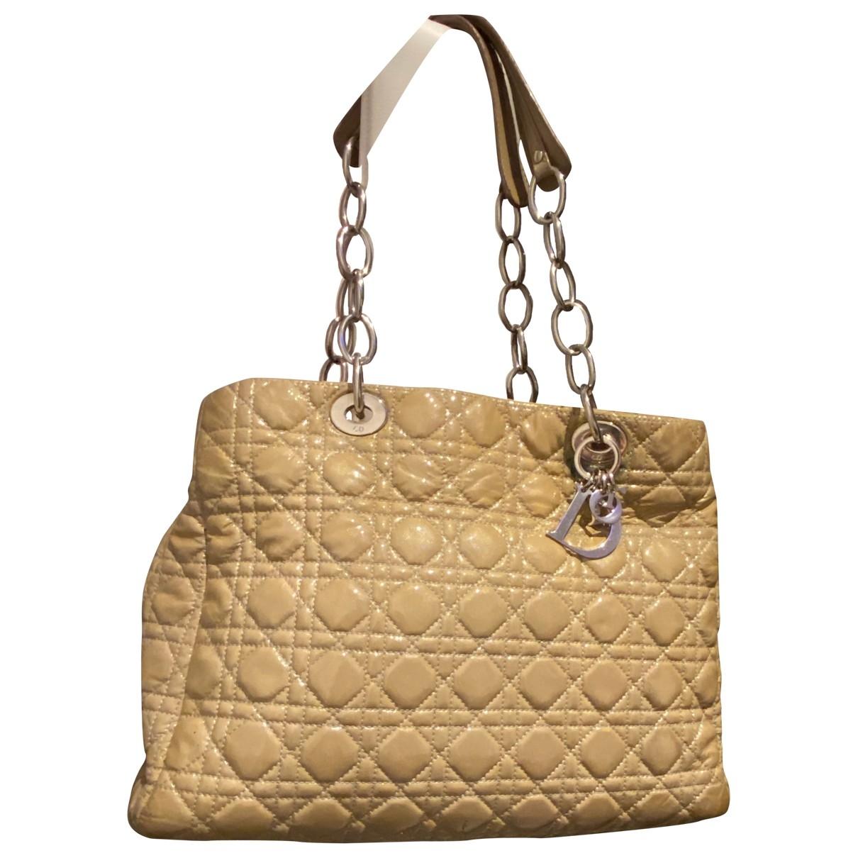 Dior - Sac a main Dior Soft Shopping pour femme en cuir verni - gris