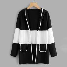 Plus Two Tone Dual Pocket Hooded Coat