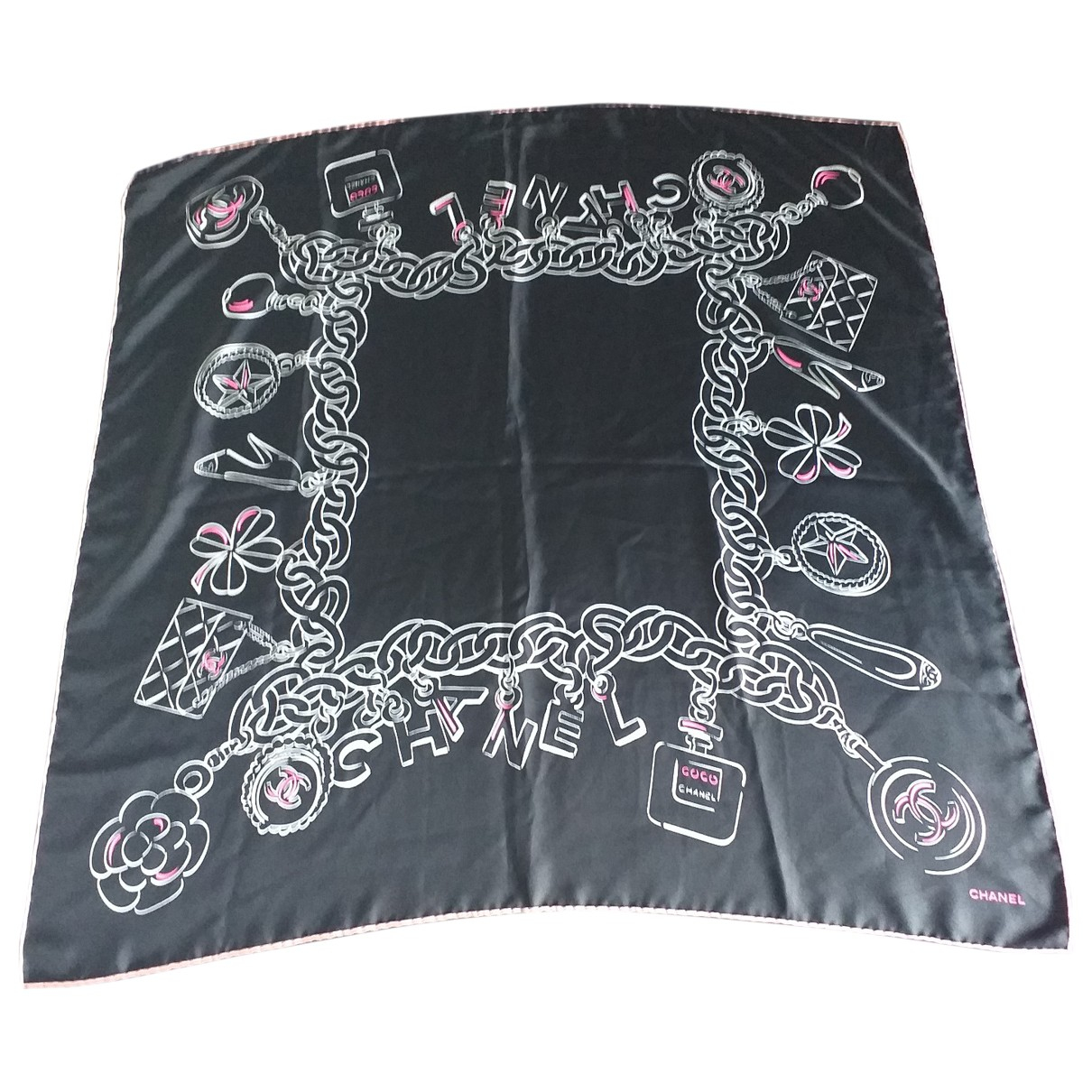Chanel \N Black Silk Silk handkerchief for Women \N