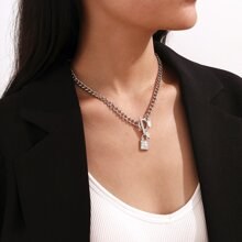 Rhinestone Locke Design Chain Necklace