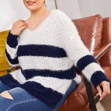 Strick Pullover mit Schlitz und Streifen