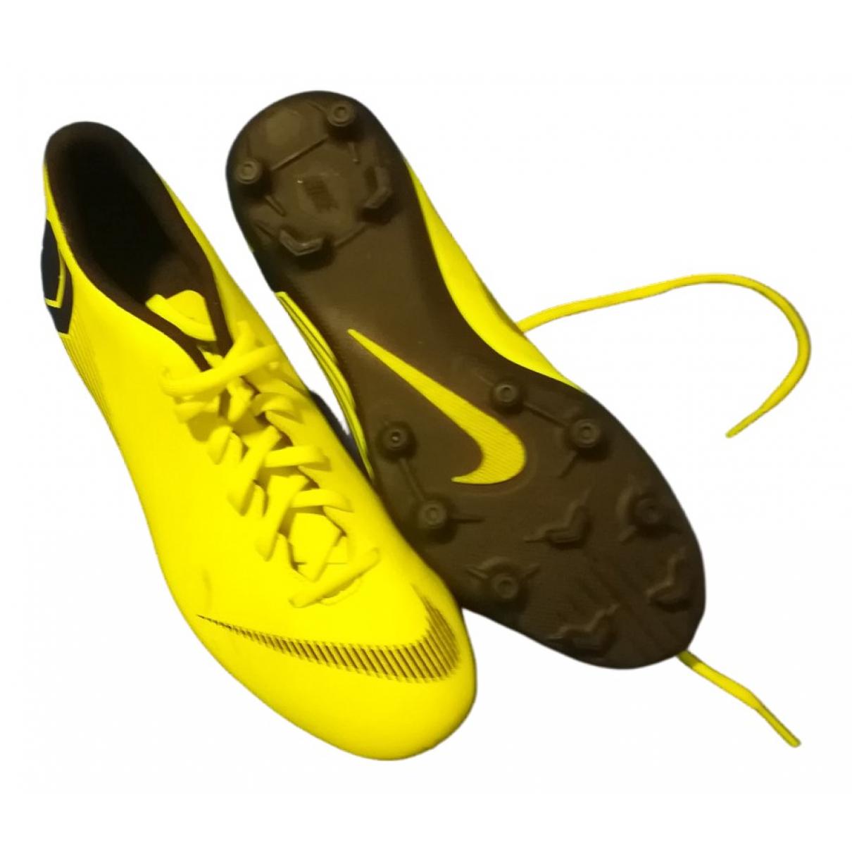 Nike \N Stiefel in  Gruen Leder