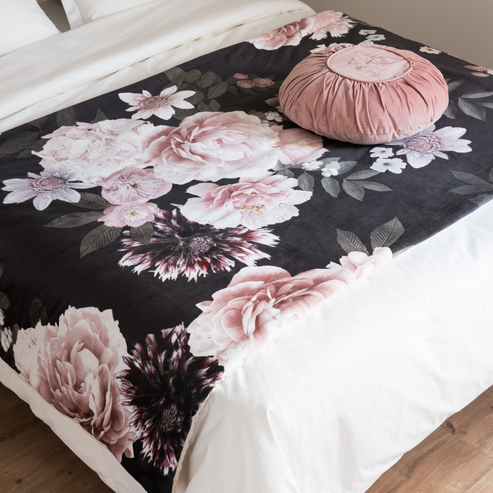 Quilt aus rosefarbener und schwarzer Baumwolle mit Blumenmuster 100x200