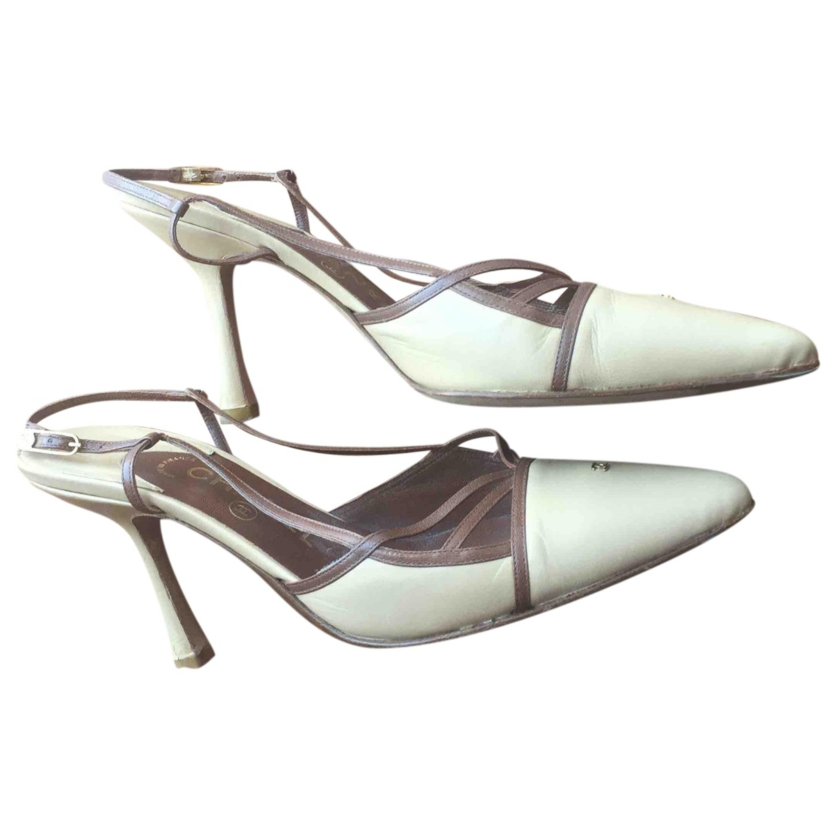 Chanel \N Pumps in  Beige Leder