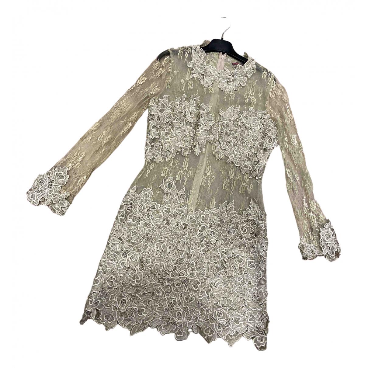 - Robe   pour femme en dentelle