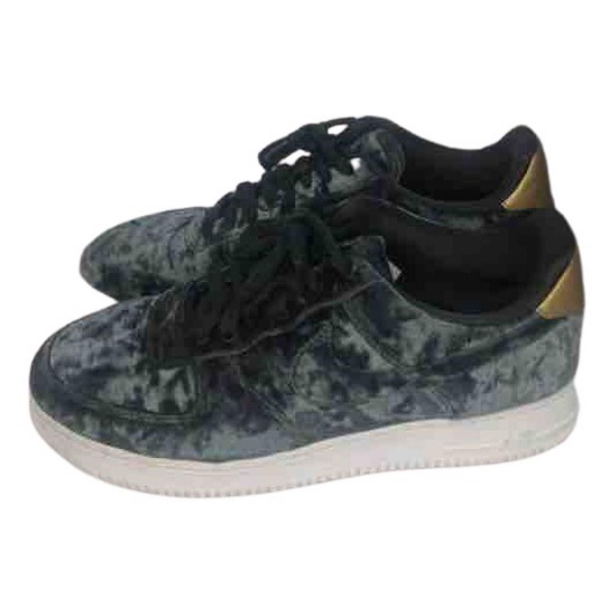 Nike Air Force 1 Green Velvet Trainers for Women 41 EU