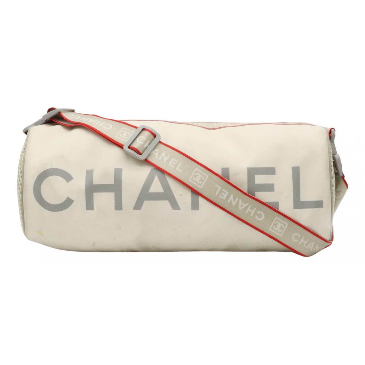Chanel \N Handtasche in  Grau Polyester