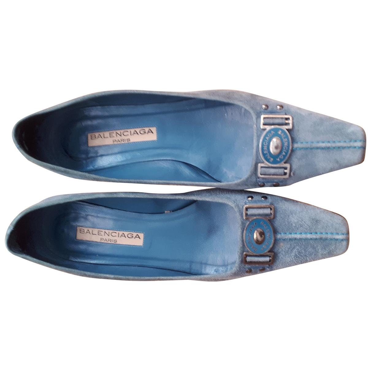 Balenciaga \N Mokassins in  Blau Veloursleder