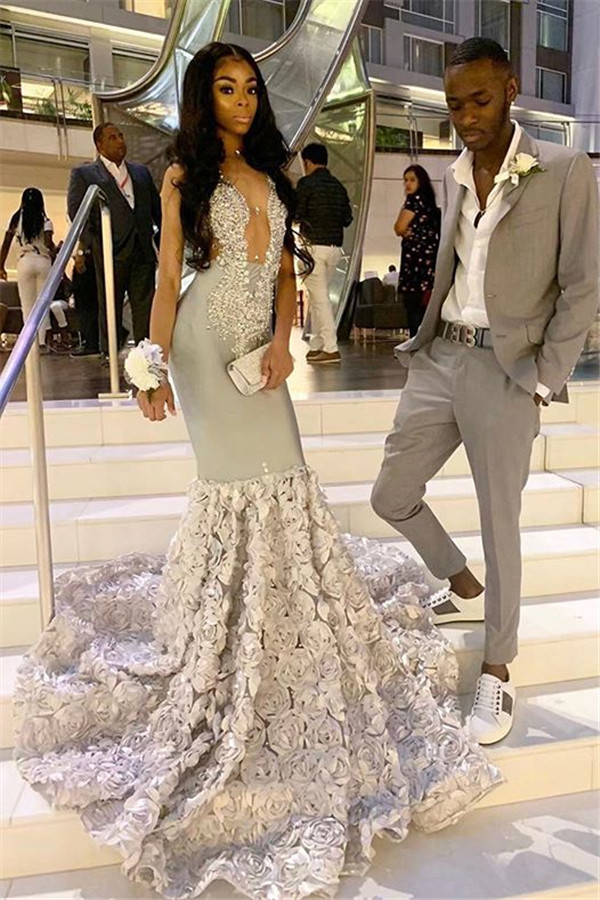 Alluring Sexy V-neck Beads Appliques Prom Dresses | Fit and Flare Flowers Evening Gowns