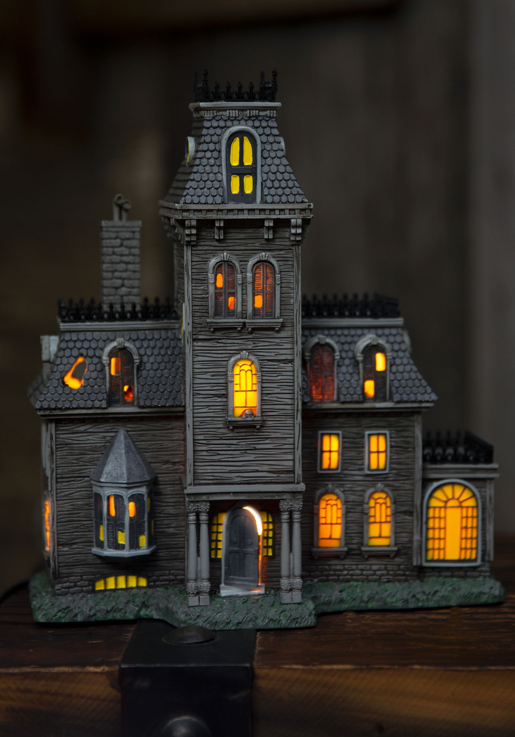 The Addams Family House Lighted Building Decoration