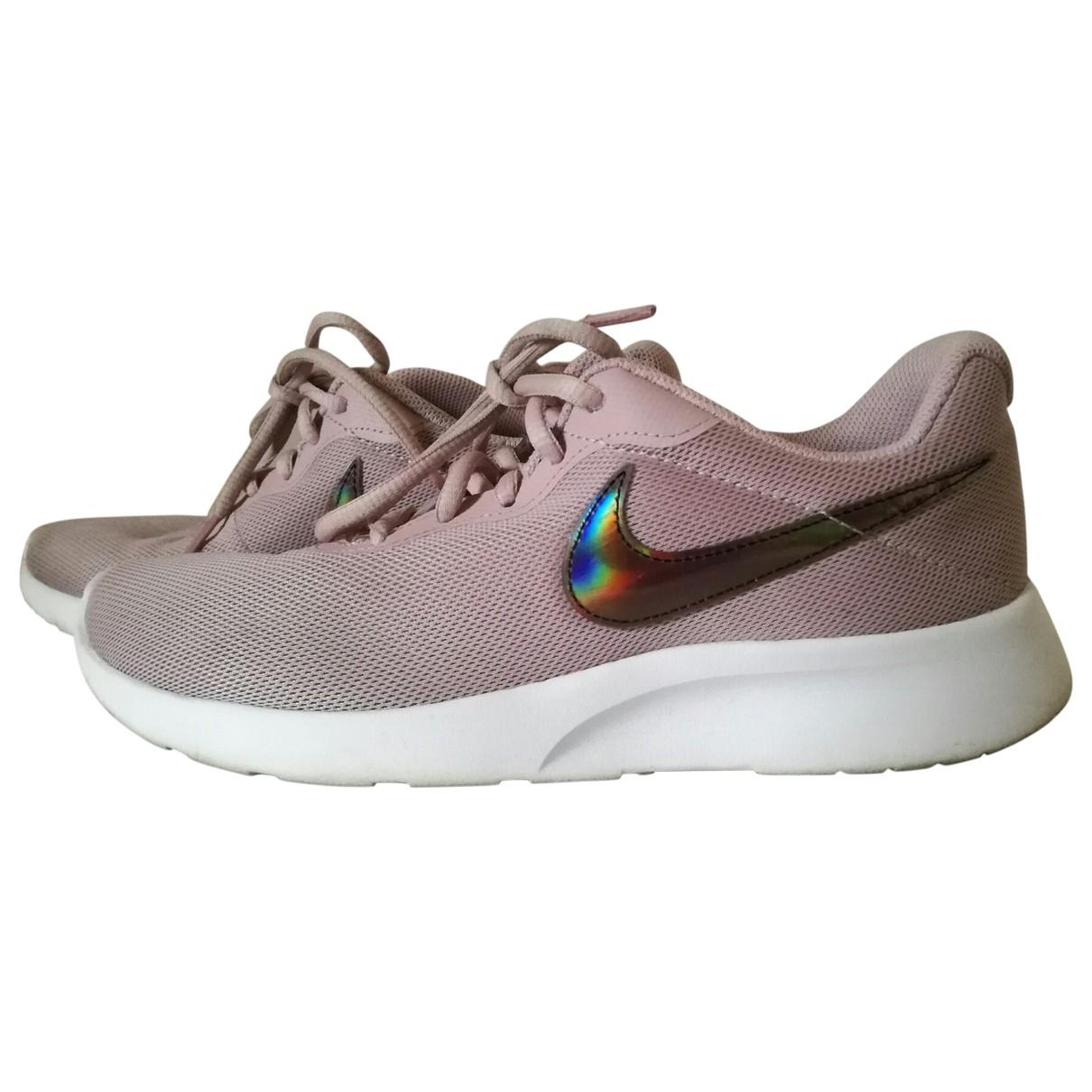 Nike - Baskets Roshe Run pour femme - rose