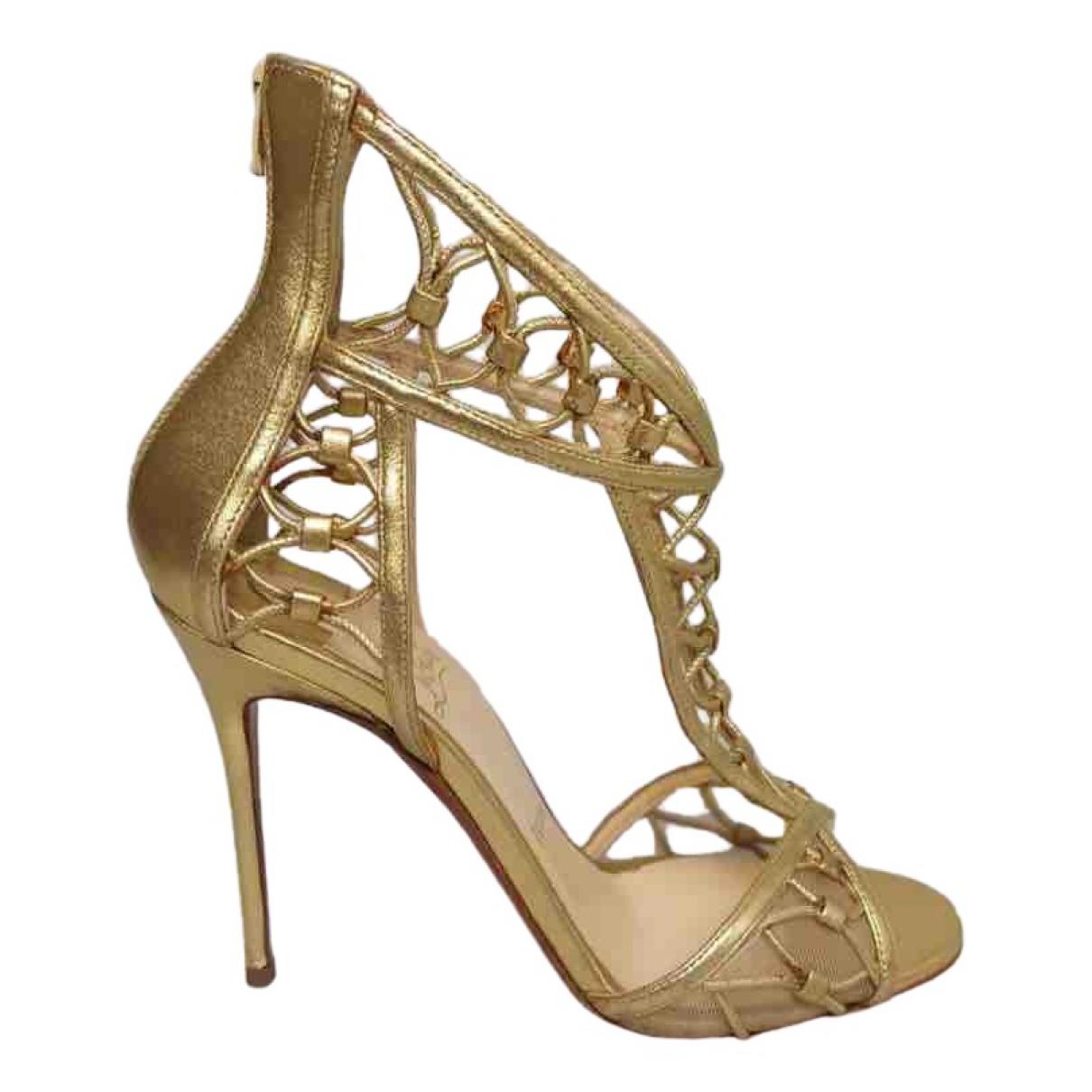 Christian Louboutin \N Gold Leather Heels for Women 37 EU