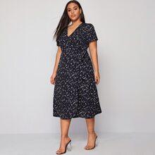 Plus Ditsy Floral Tie Side A-line Dress