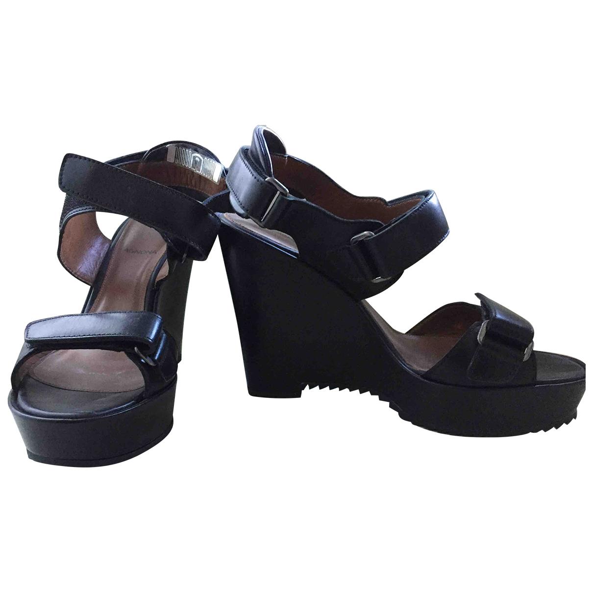 Sandalias de Cuero Agnona