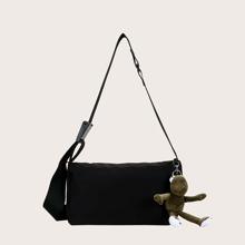 Maenner minimalistische Umhaengetasche und Taschenanhaenger