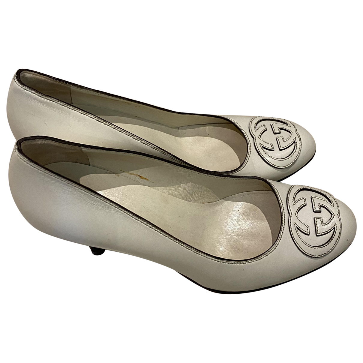 Gucci \N Pumps in  Weiss Leder