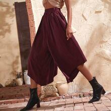 Hose mit Streifen Muster, gebogenem Saum und breitem Beinschnitt