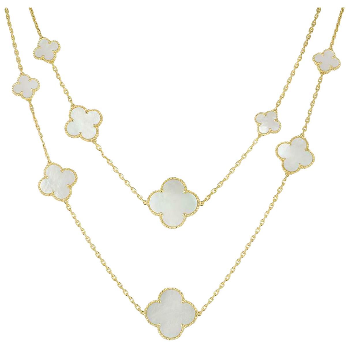 Van Cleef & Arpels Magic Alhambra Metallic Yellow gold necklace for Women \N
