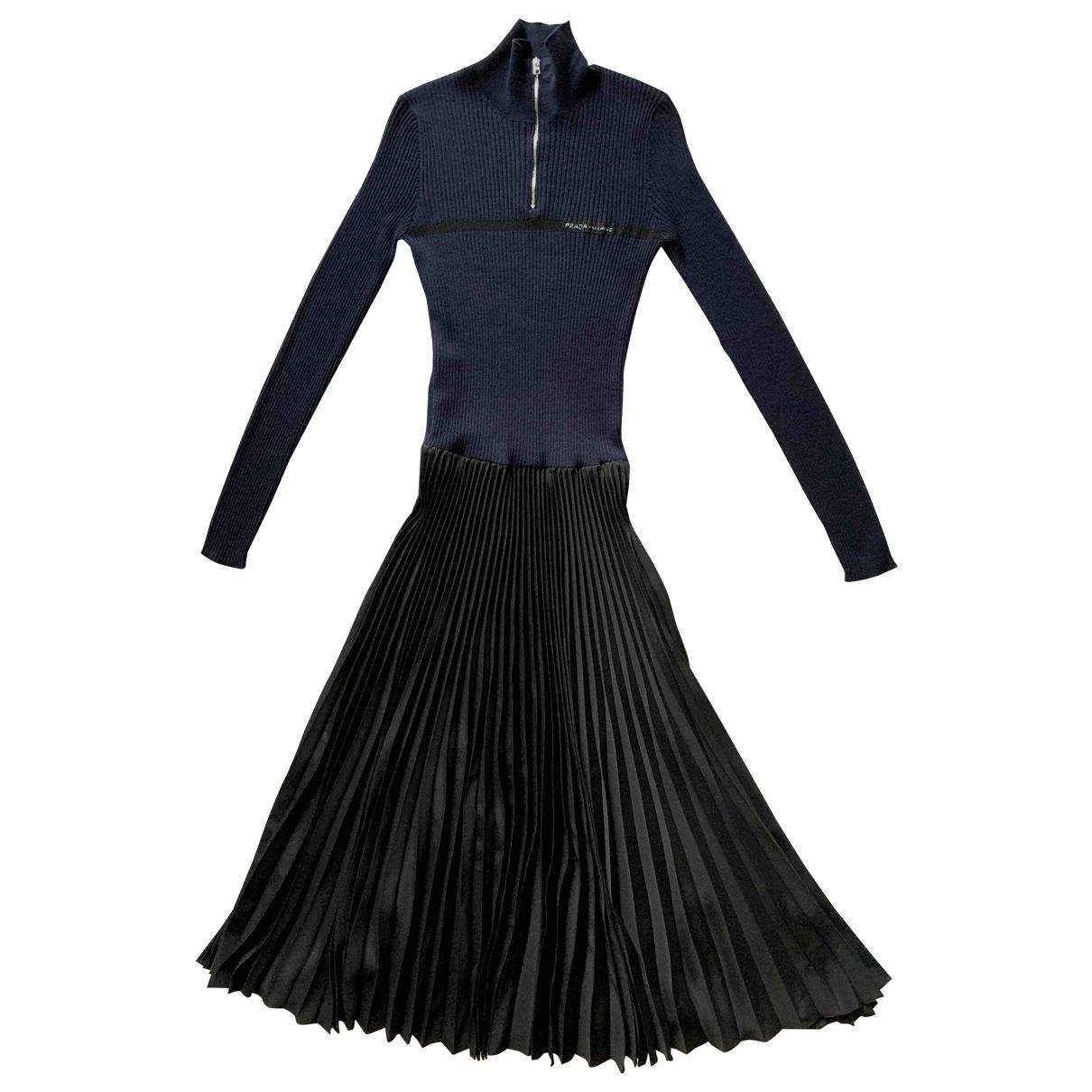 Prada \N Kleid in Wolle