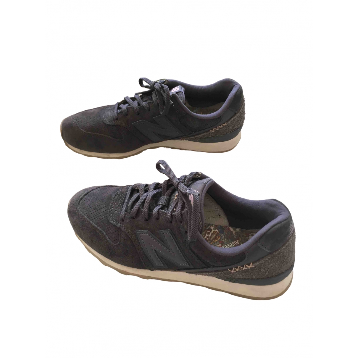 New Balance \N Anthracite Suede Trainers for Women 37 EU