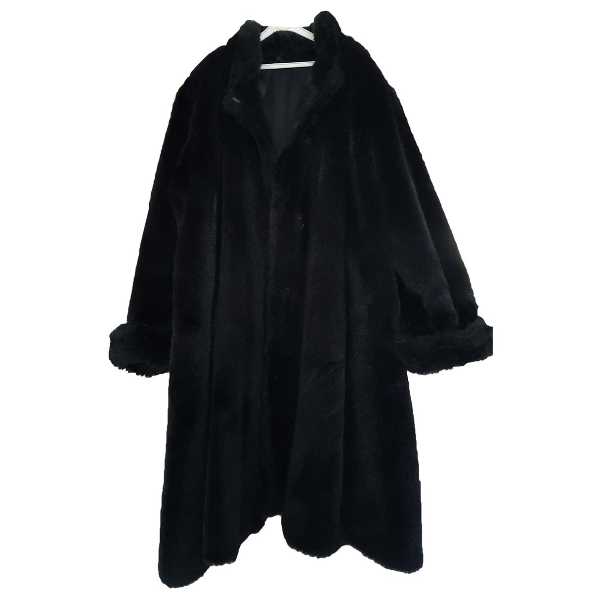 Non Signé / Unsigned \N Black Faux fur coat for Women 44 FR