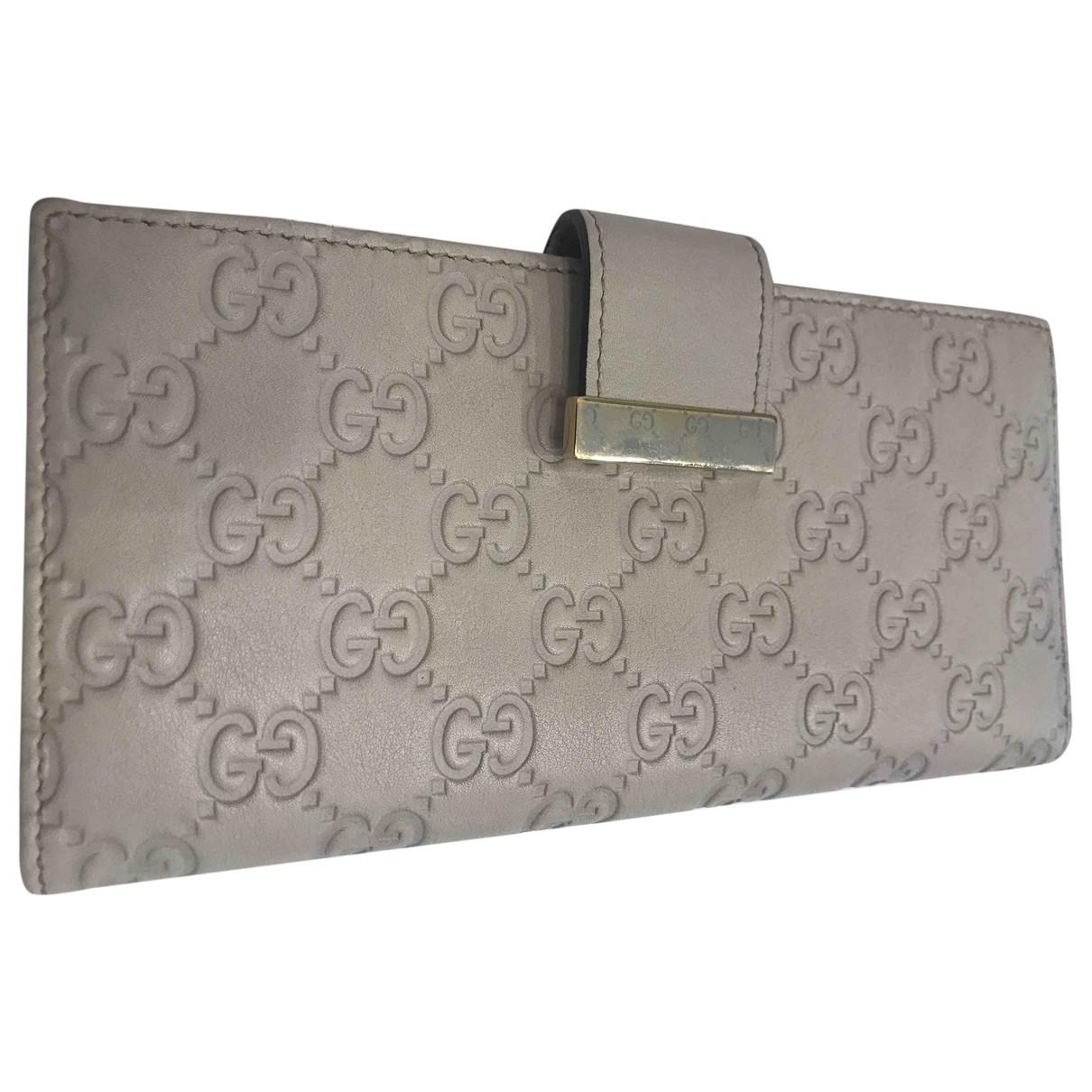 Gucci \N Portemonnaie in  Grau Leder