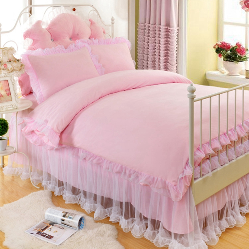 Princess Style Solid Color Polyester 4-Piece Bedding Sets
