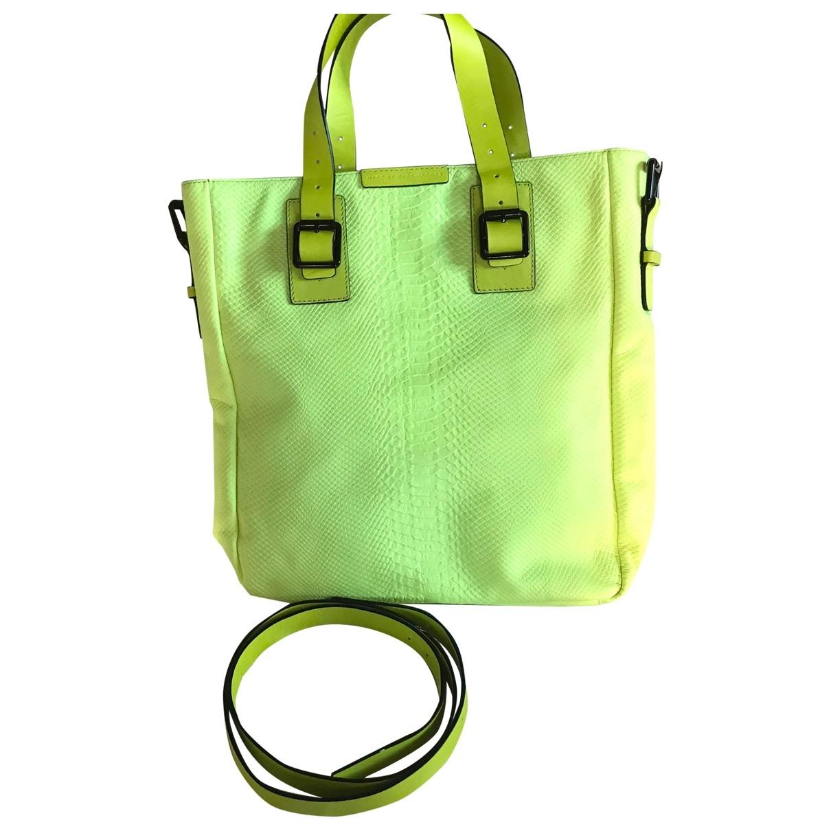 Marc By Marc Jacobs \N Handtasche in  Gelb Leder