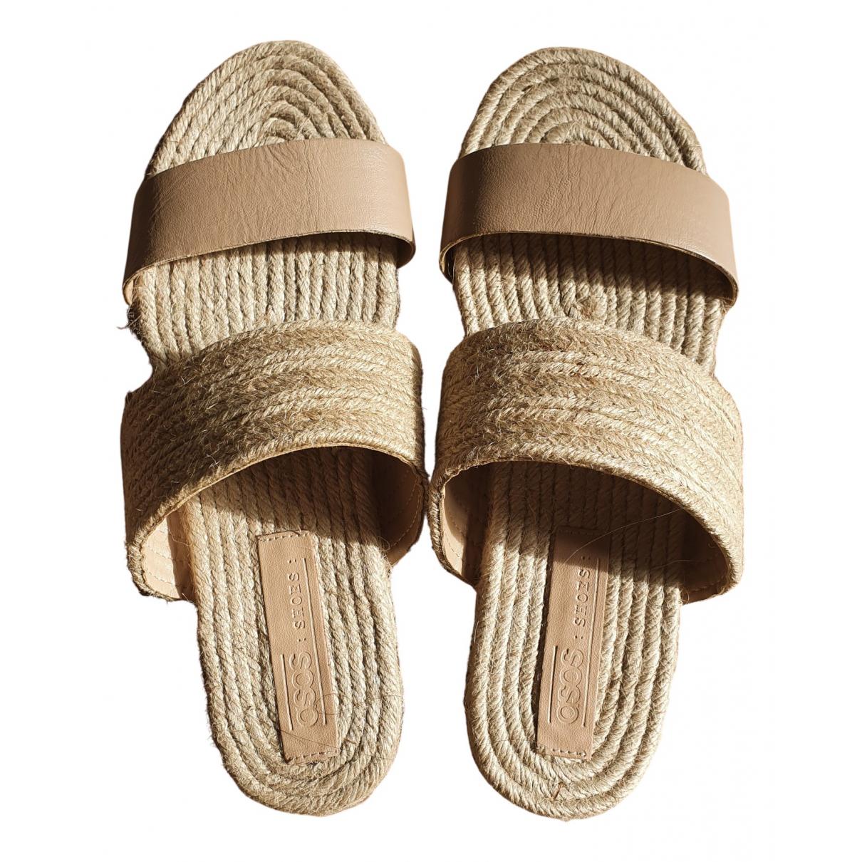 Asos \N Sandalen in  Beige Leder