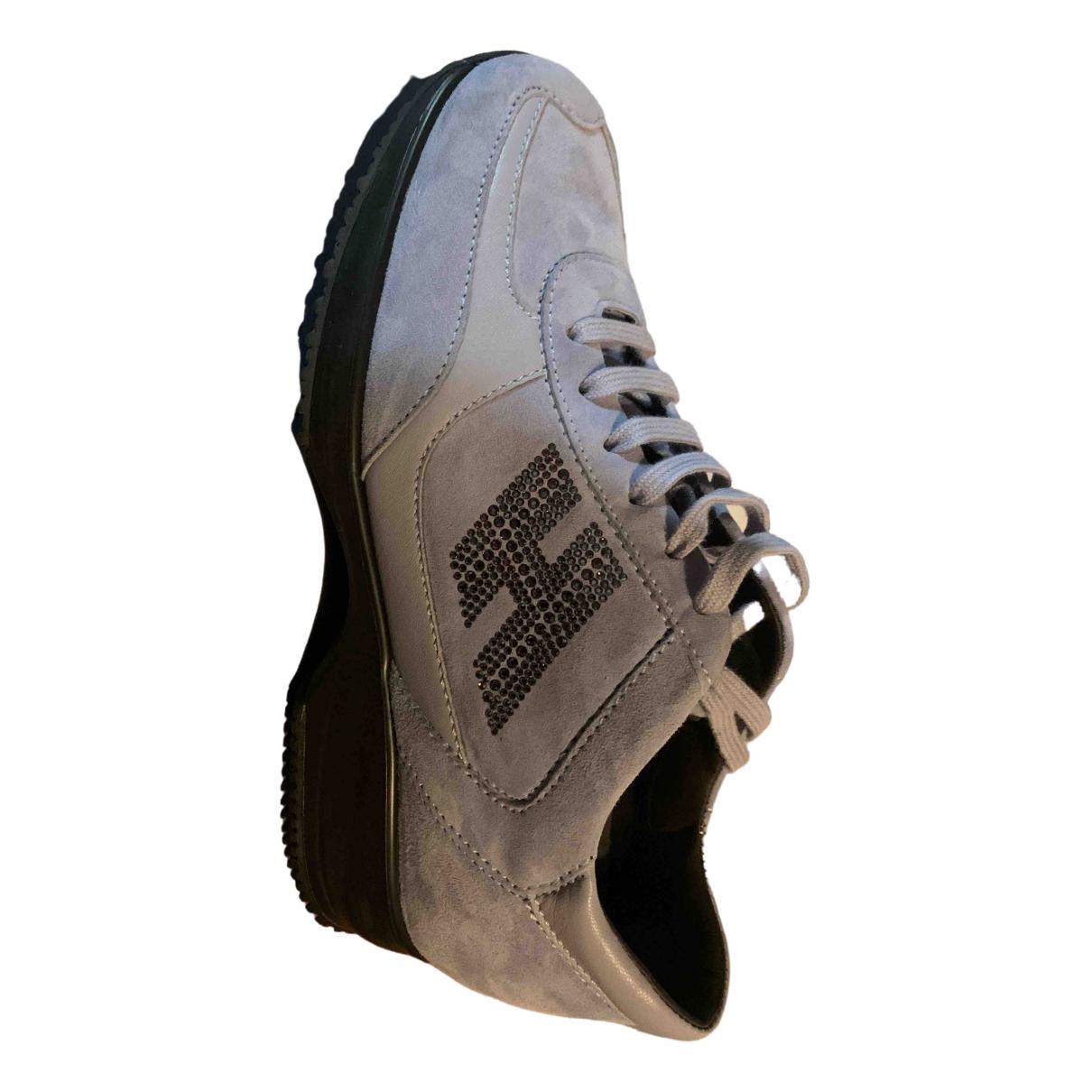 Hogan \N Sneakers in  Lila Veloursleder