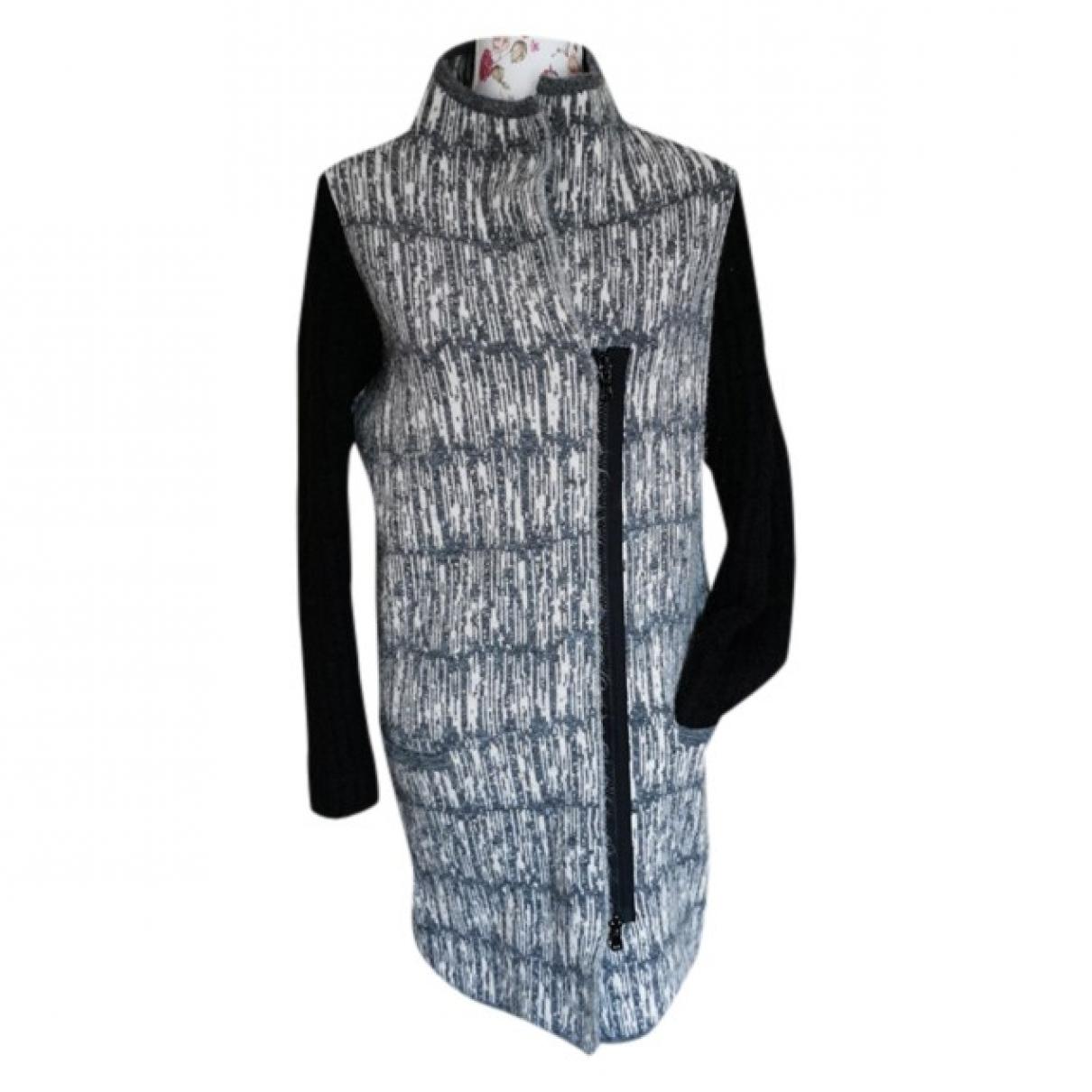 Intrend \N Maentel in  Grau Wolle