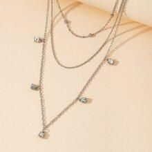 Halskette mit Strass Anhaenger