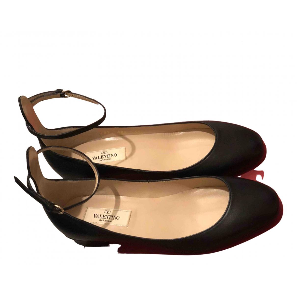 Valentino Garavani - Mocassins   pour femme en cuir - noir