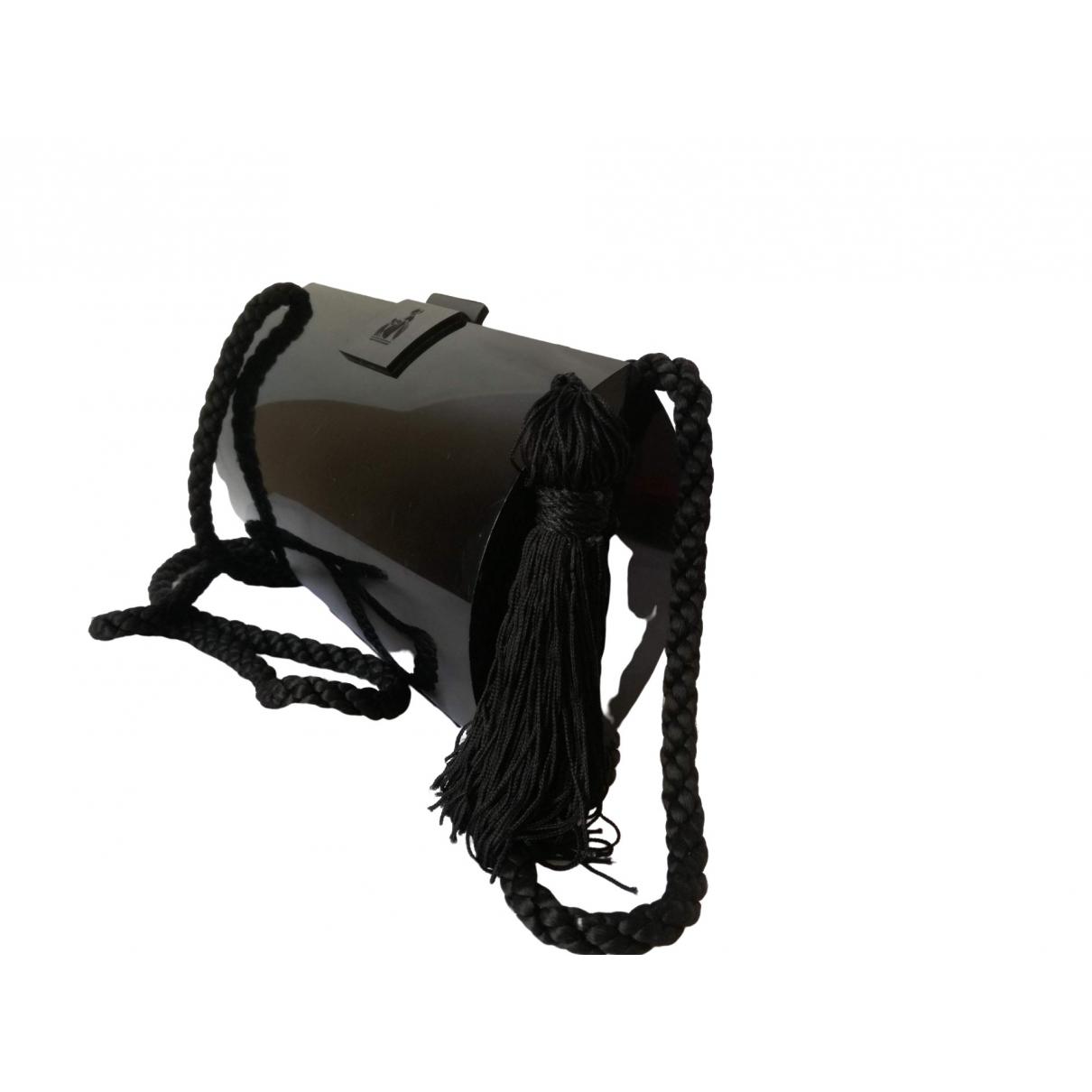 Lanvin \N Clutch in  Schwarz Kunststoff