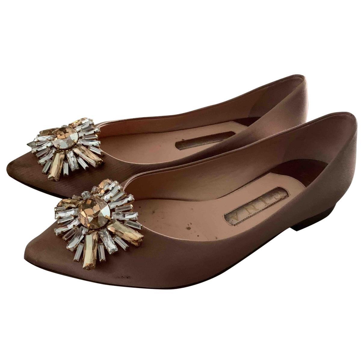 Gina Fratini \N Beige Cloth Flats for Women 4 UK