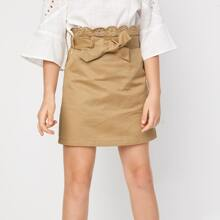 Falda con cinturon de cintura en abanico con bordado