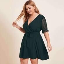 Kleid mit V-Kragen, Punkten Muster, transparenten Ärmeln und Selbstband