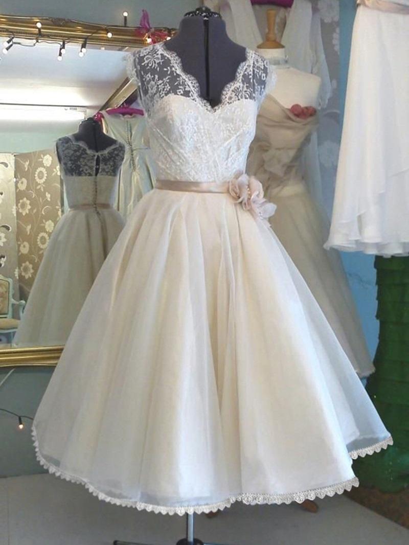 Ericdress Lace Flowers Tea Length Beach Wedding Dress