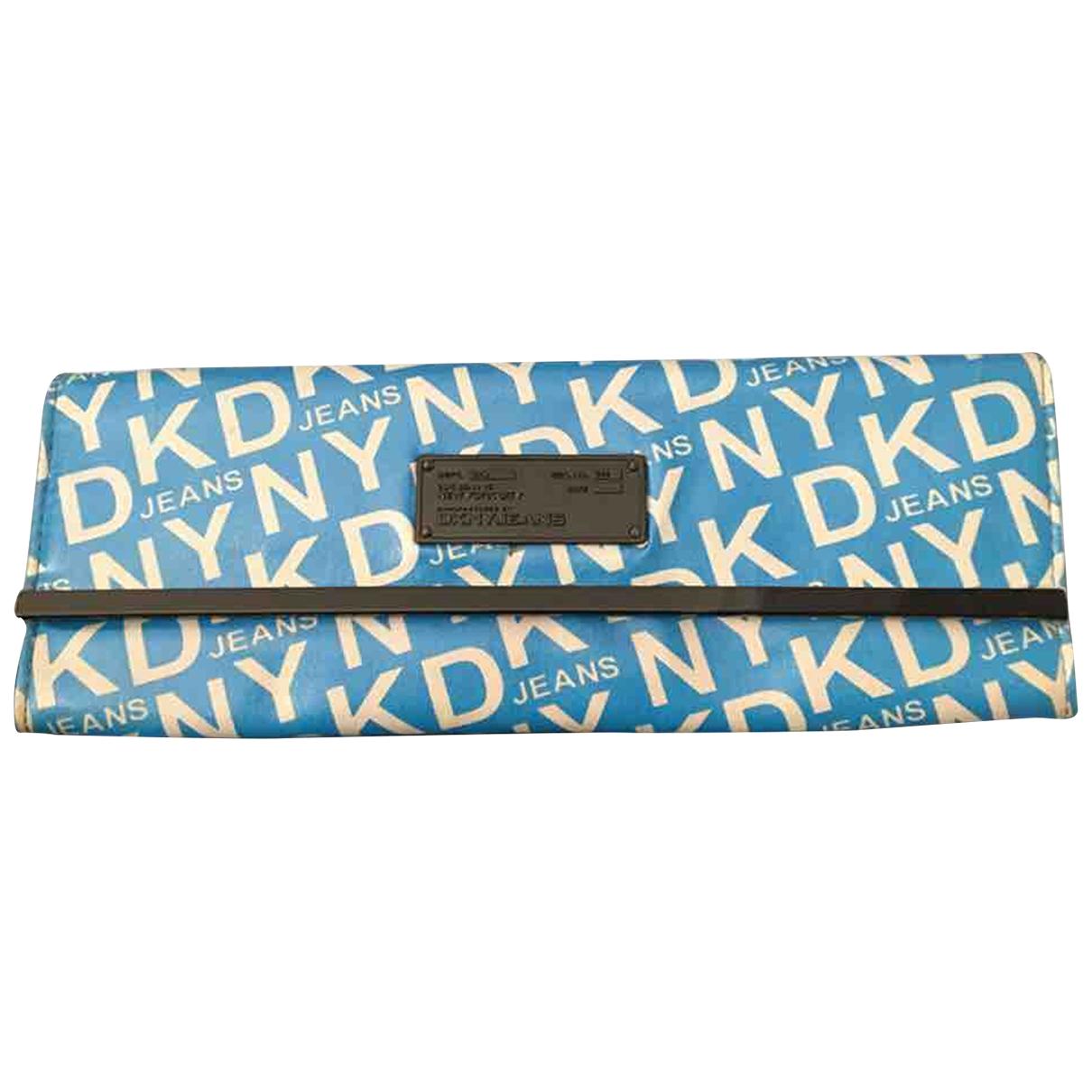 Dkny \N Clutch in  Blau Kunststoff