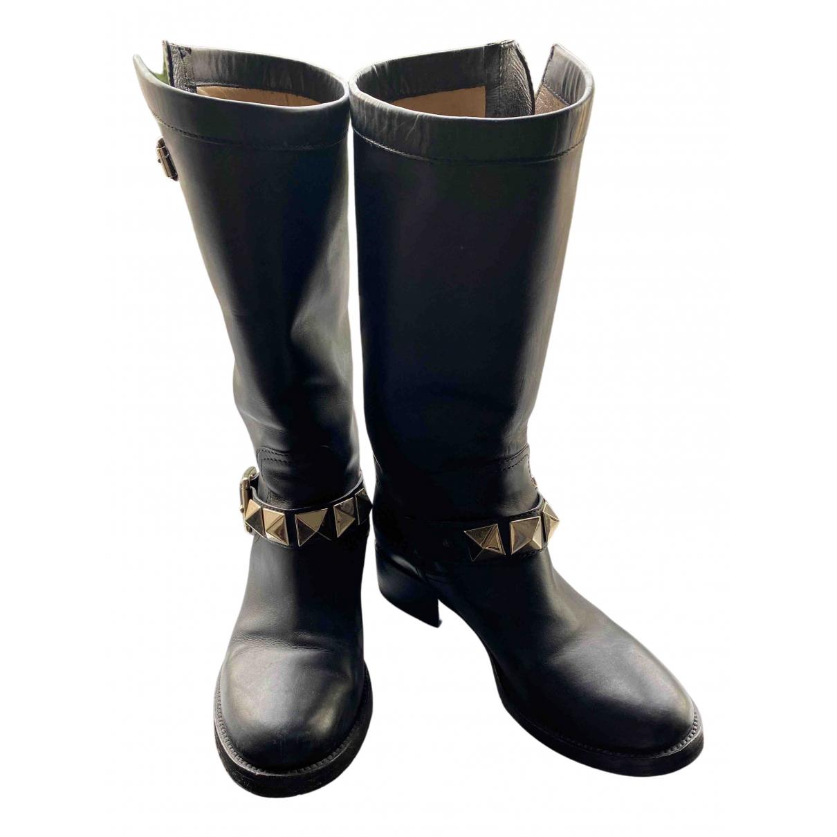 Valentino Garavani - Bottes Rockstud pour femme en cuir - noir